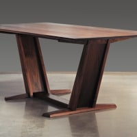 dining table leaning2